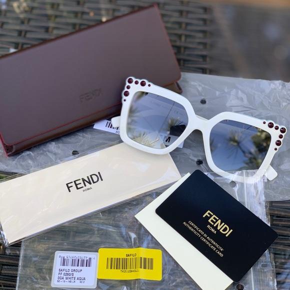 128ac13fa096c Fendi Accessories   Sunglasses New   Poshmark